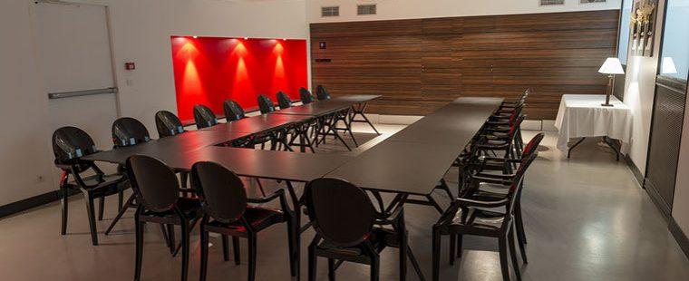 Salle adapté pour vos séminaires - Hôtel des Prélats