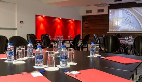 Salle adapté pour vos séminaires - Hôtel des Prélats à Nancy